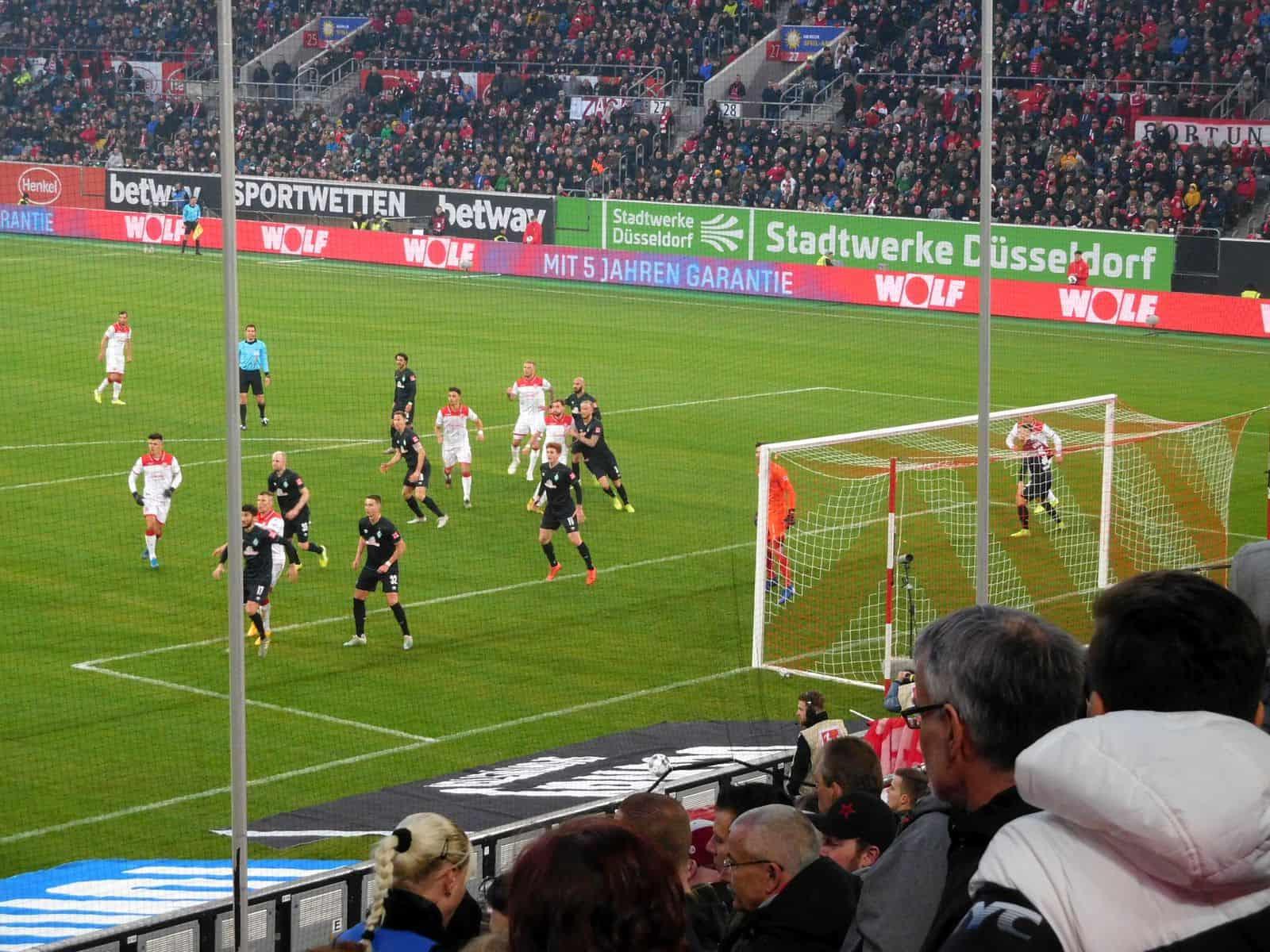 F95 vs Werder: Letzte Angriffsbemühungen