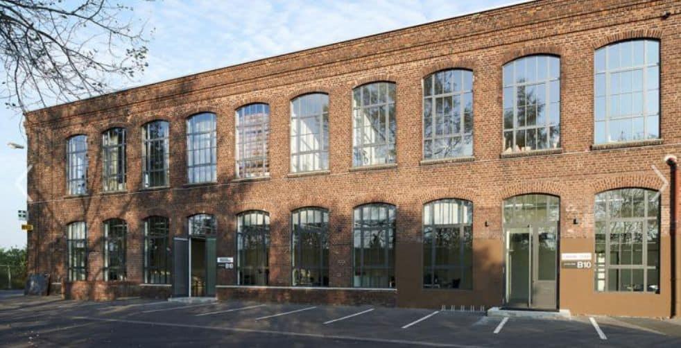 Werkstattgebäude der ehemaligen Düwag-Fabrik an der Königsberger Straße in Lierenfeld
