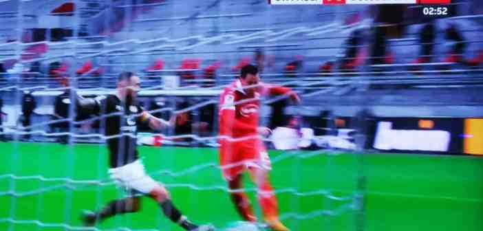 Pauli vs F95: Eddie Prib und sein Torschuss (Screenshot)