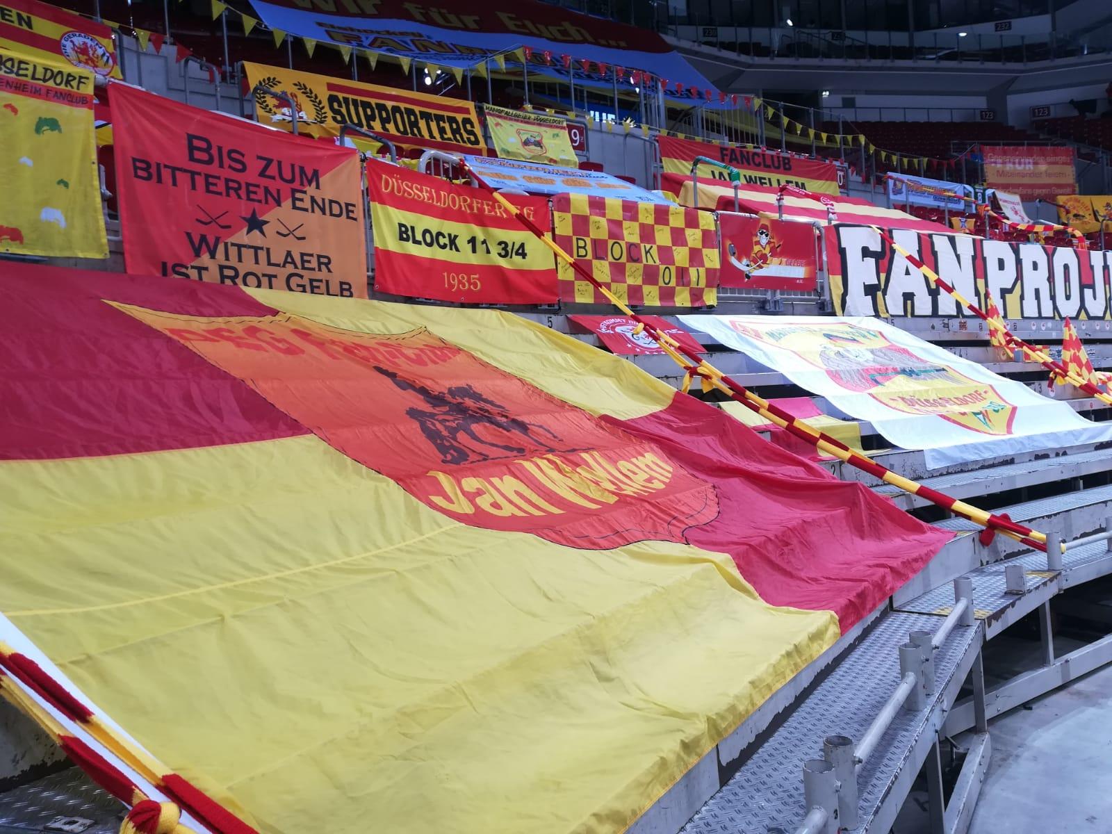 DEG vs MERC - Die Spuren der Fans, die nicht dabei sein dürfen (Foto: Smicek für TD)