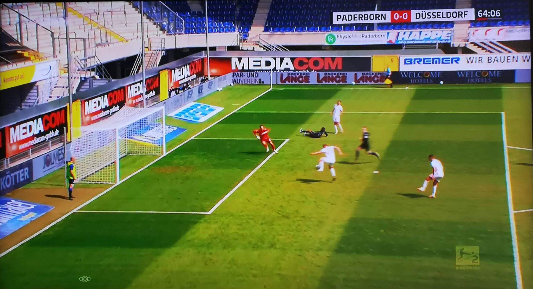 Paderborn vs F95: Kownacki auf Henning, Tor zum 1:0 (Screenshot: Sky)