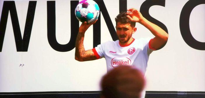 Paderborn vs F95: Matthias Zimmermann, heute leicht erschöpft (Screenshot: Sky)