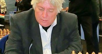 Großmeister Jan Timman spielt für den DSK 14/25 in der zweiten Schachbundesliga (Foto via Wikimedia)