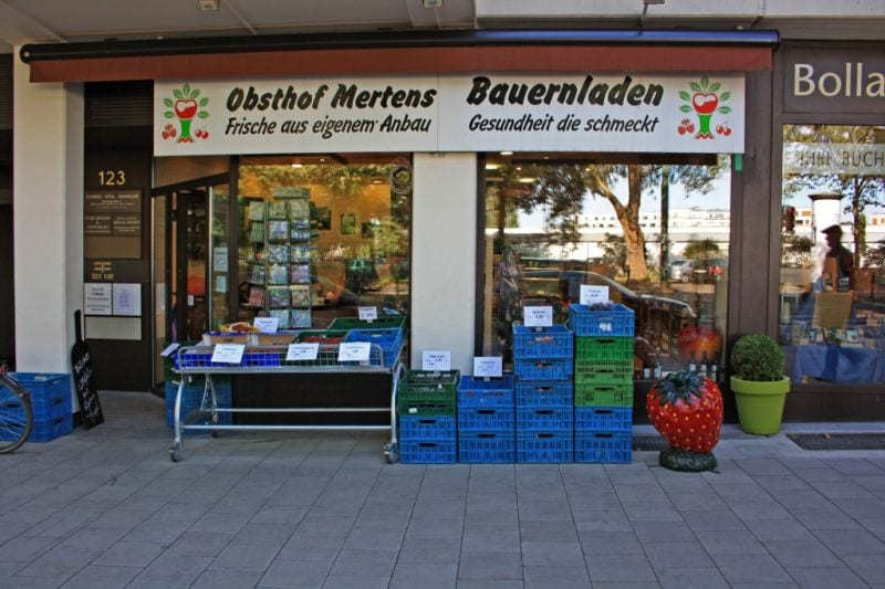 Der Hofladen des Obsthofs Mertens an der Rethelstraße (Foto: Obsthof Mertens)