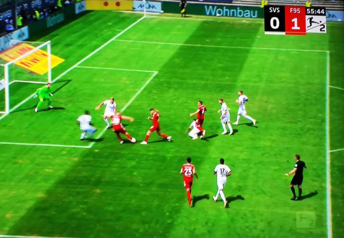 SVS vs F95: Endlich das 1:0 durch Rouwen Hennings (Screenshot Sky)