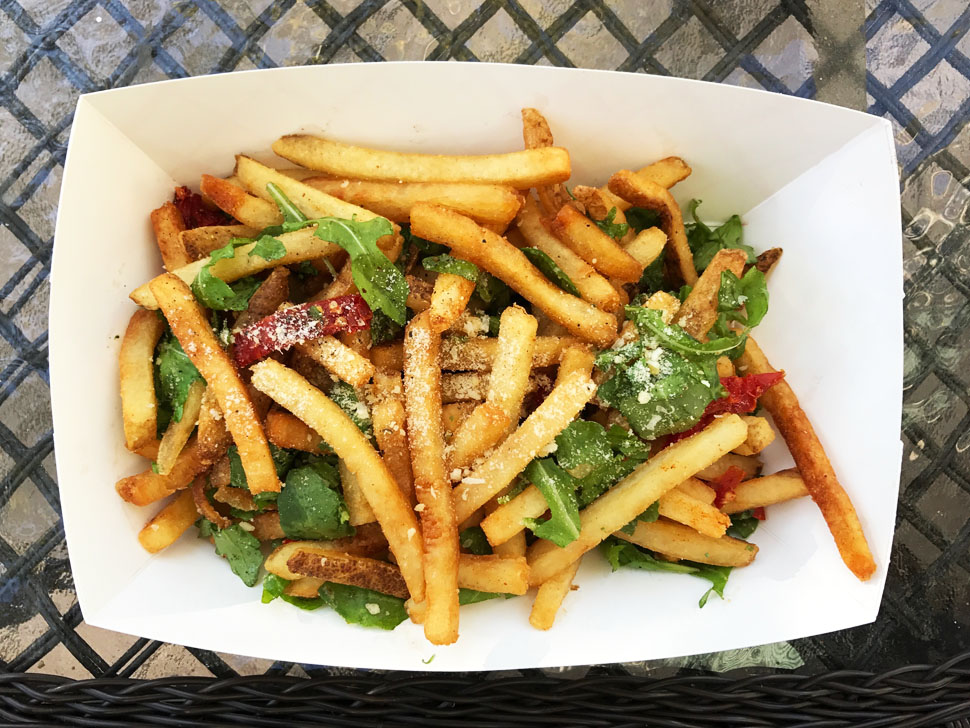 An Oasis of Pommes: Order of Fries