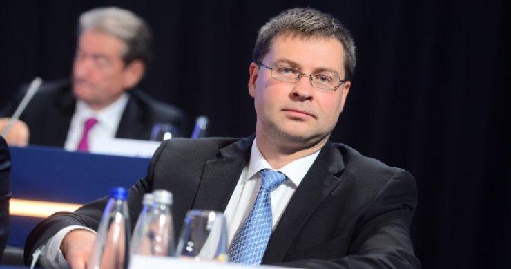 Valdis Dombrovskis European Commission Bitcoin
