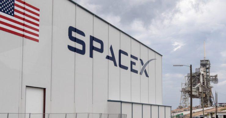 spacex elon musk layoff