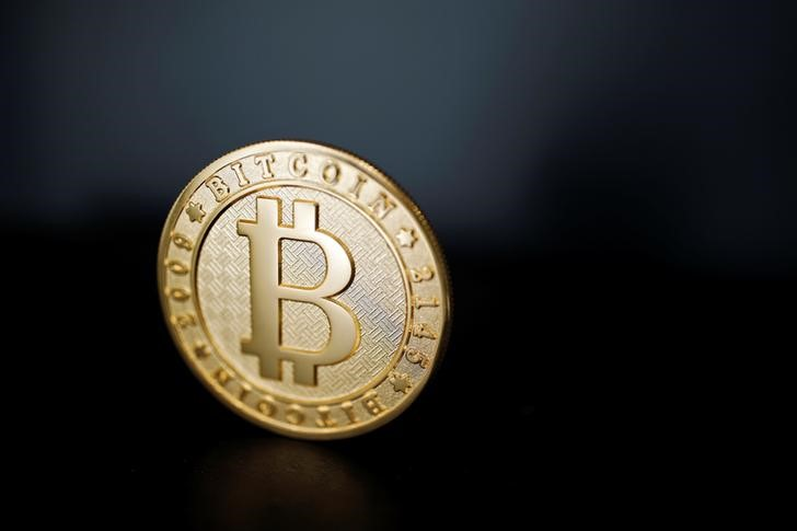 © Reuters.  Van Eck Associates CEO: Bitcoin Investors Are Moving to Gold