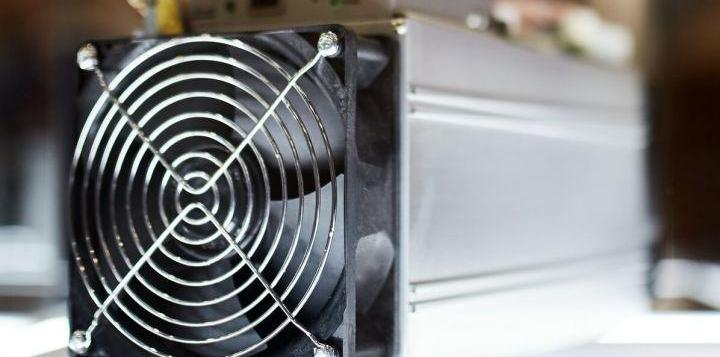Bitcoin Mining Difficulty Sees its 8th Biggest Drop in History