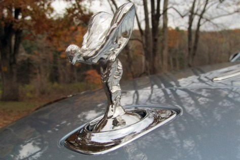 rolls royce dawn review statue