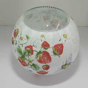 Decoupage Bowl with bees and strawberries