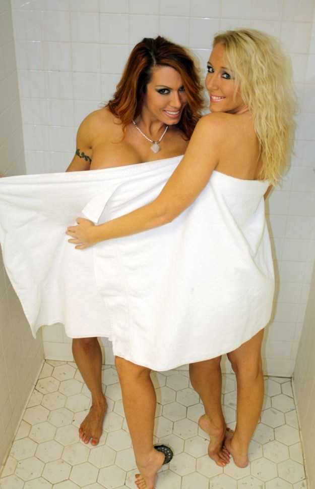Wrestlers Amber O'Neal and April Hunter lesbian photoshoot