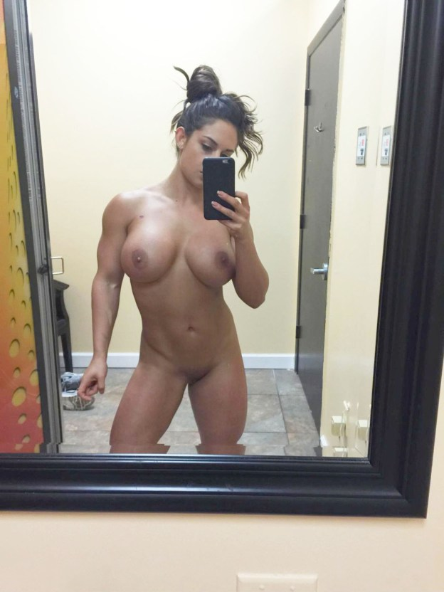 Celeste Bonin aka WWE Kaitlyn naked leaked photos