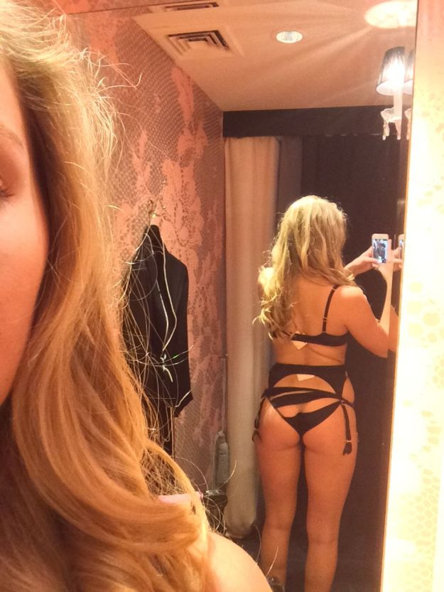 Model Nicole Spiller leaked nude selfies the Fappening pics