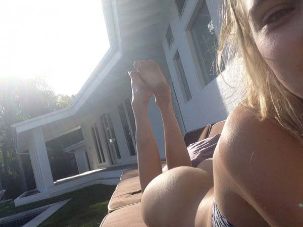 Allegra Carpenter nude and blowjob photos leaked The Fappening