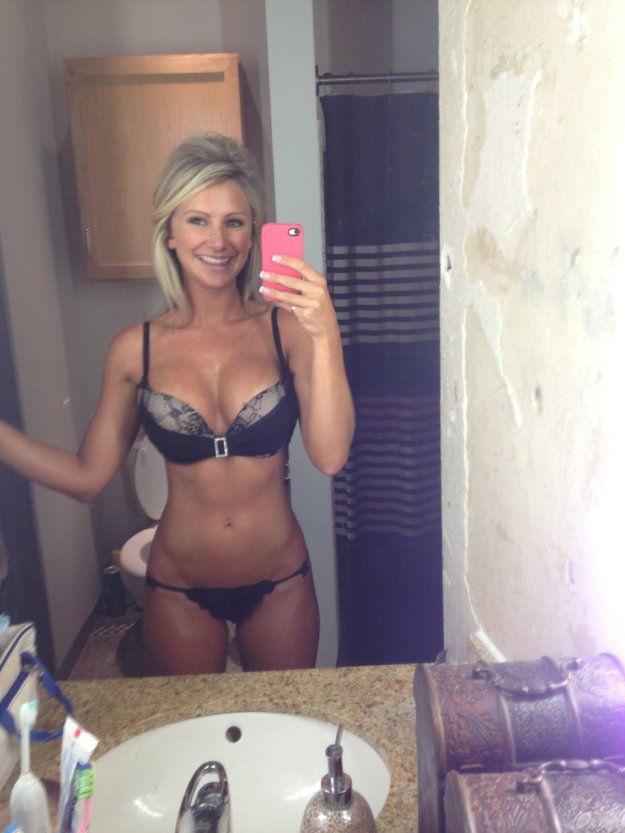 Dallas Cowboys Cheerleader Tobie Percival The Fappening Leaked Nude Selfies