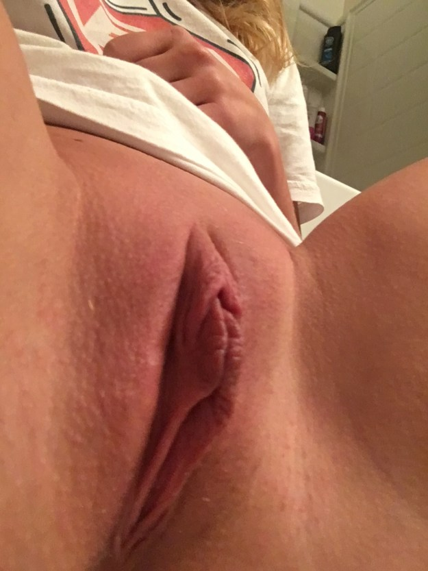 Zoey Taylor Leaked Nude Selfies and Fingering VIDEO