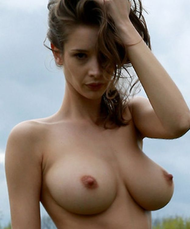 Emily Agnes nude photos leaked fappening