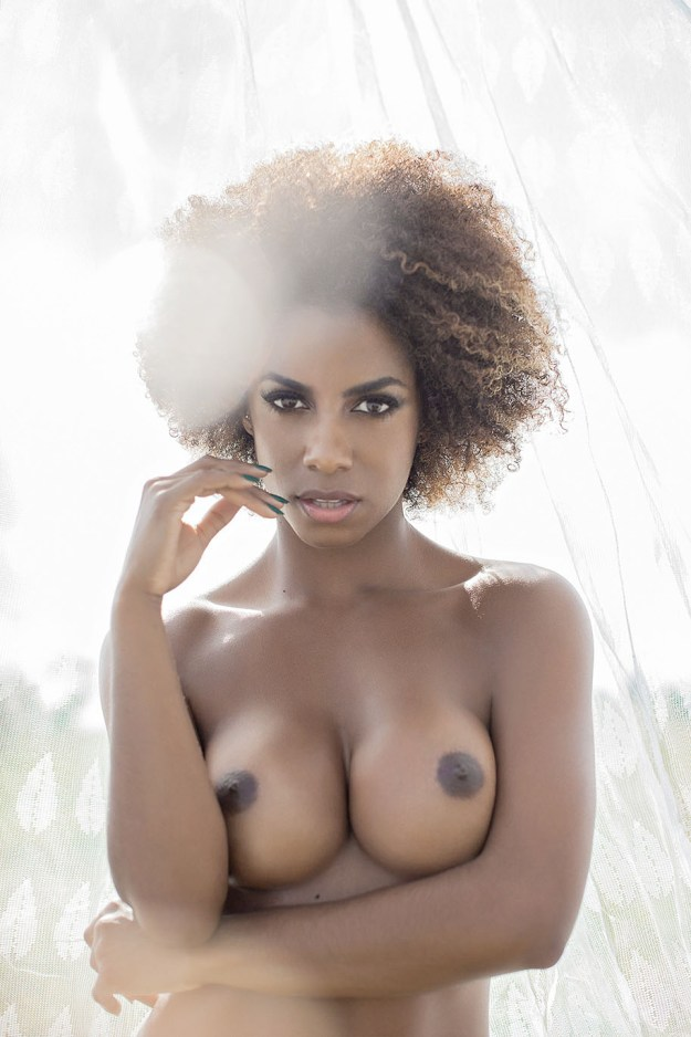 Domingão do Faustão Dancer Ivi Pizzott Leaked Nude Playboy Photo Shoot