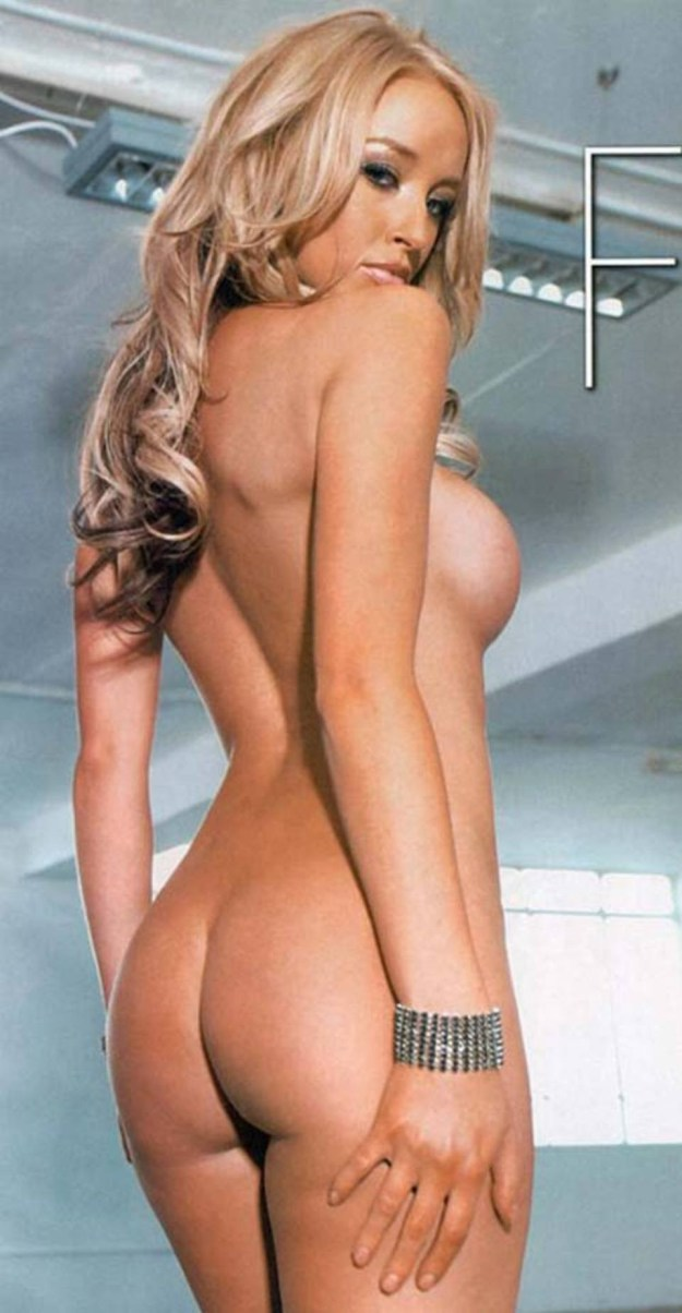 TOWIE Star Lauren Pope Nude Photos