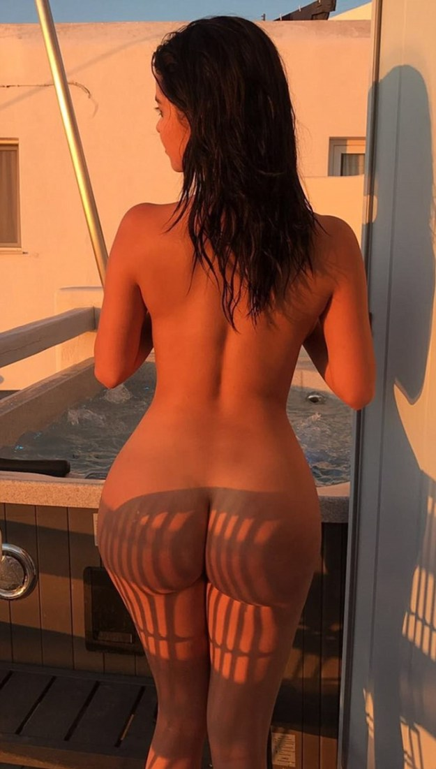 Demi Rose Nude SnapChat Photos Leaked The Fappening 2018