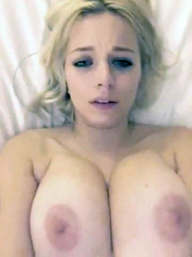 Model Caroline Vreeland nude video leaked from SnapChat The Fappening 2019