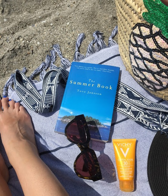 Summer Holiday Beach Reads