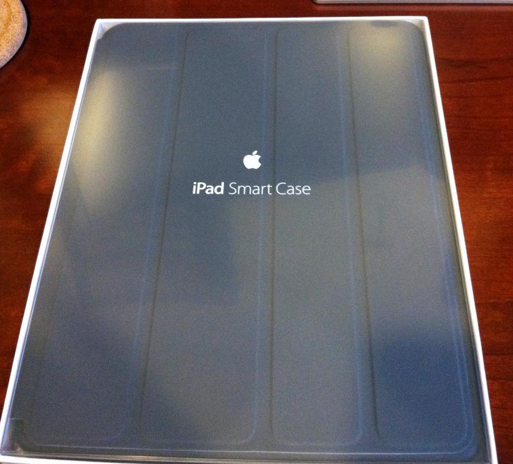 Apple iPad 2New iPad Smart Case Review  The Gadgeteer