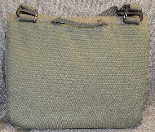 stm-cache-ipad-bag-2