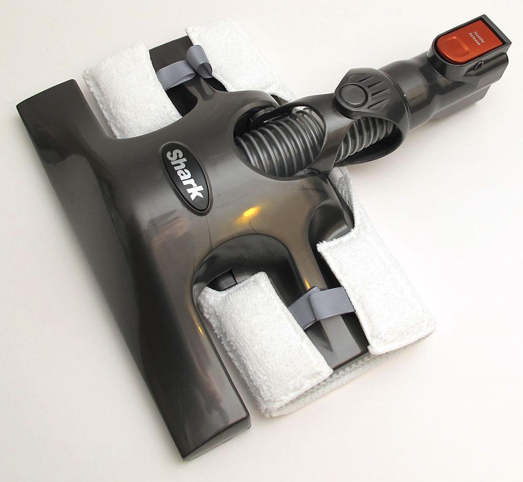 Shark Rocket HV300 ultralightweight upright vacuum review