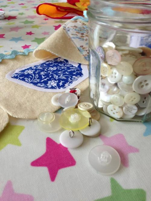 sewing with vintage buttons