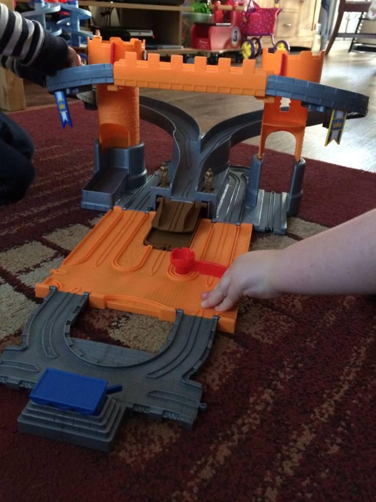 Take-n-play set