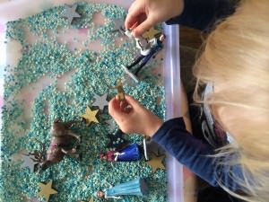 Frozen sensory play