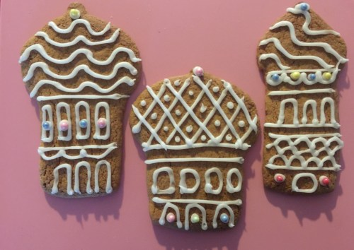gingerbread crowns for Twelfth Night