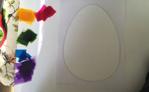 DIY Easter egg sun catcher