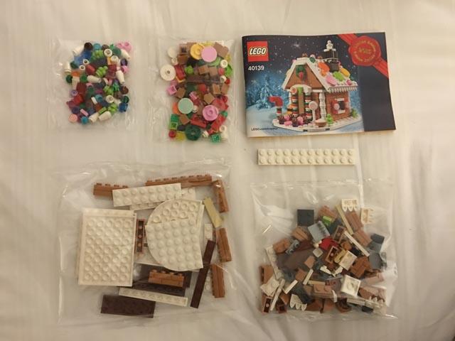 Lego Gingerbread House 40139