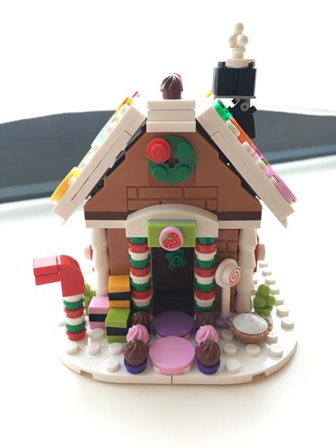Lego Gingerbread House