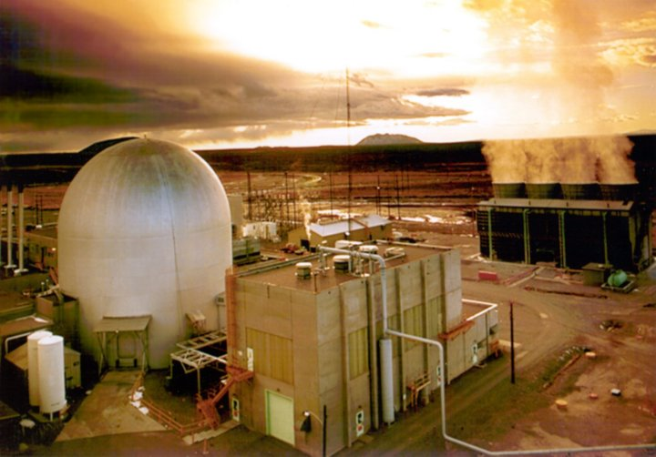 The Experimental Breeder Reactor-II, Argonne National Laboratory (https://upload.wikimedia.org/wikipedia/commons/b/ba/EBRII_1.jpg)