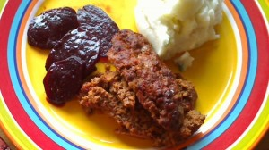 Meatloaf, mashed potatoes and Juniper Berry Pickled Beets