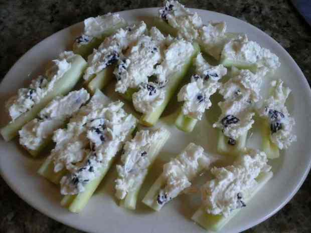 Cream Cheese Cranberry Stuffed Celery