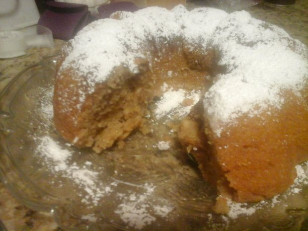 Apple Streusel Bundt Cake Cut