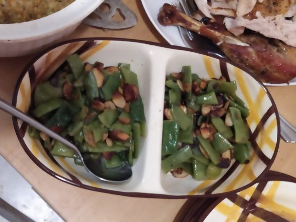 Green Beans with Toasted Garlic Almonds