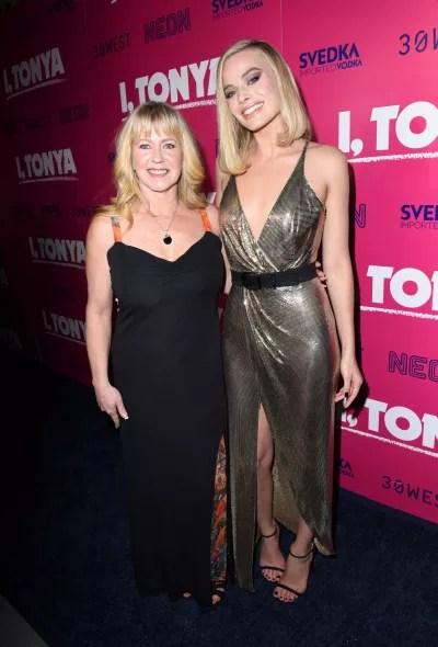Tonya Harding and Margot Robbie