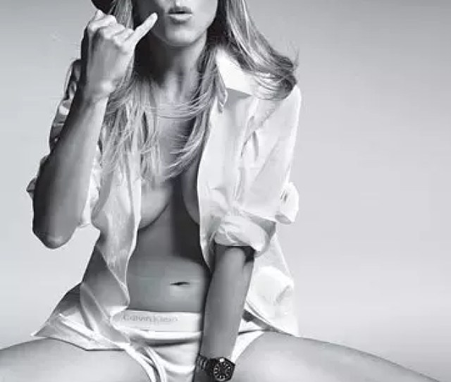 Dont Worry Jennifer Aniston Following This Spread In Gq Youll Be Receiving Non Stop Calls From Men Around The World