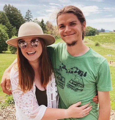 Isabel Roloff and husband Jacob Roloff