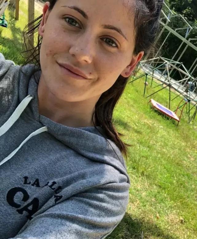 Jenelle evans a selfie