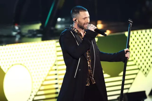 Adam levine for maroon 5