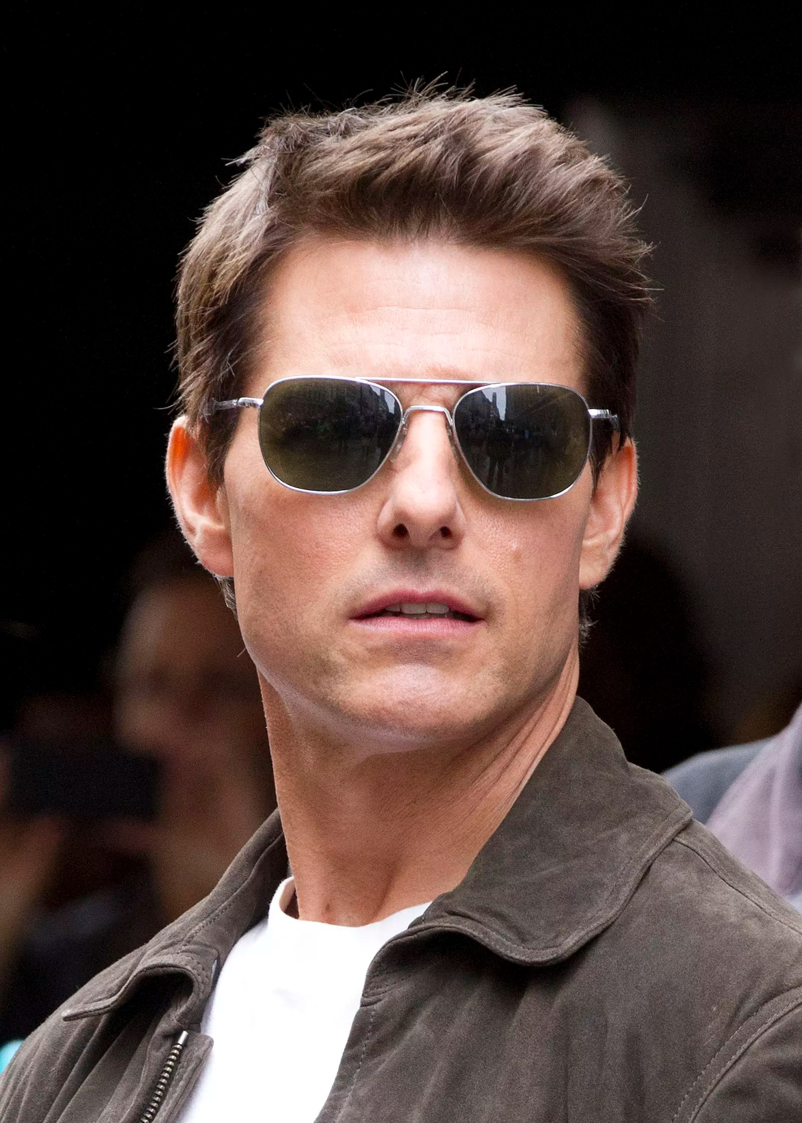 Oblivion Den Of Geek Tom Cruise Hairstyle Oblivion Vincom Us