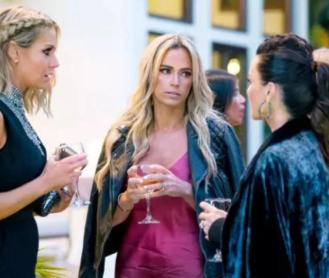 Dorit Kemsley Teddi Mellencamp And Kyle Richards Have Drinks When The Episode